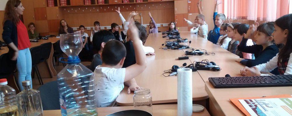 """Lecții educative la Școala gimnazială """"Titu Maiorescu"""" din Iași"""