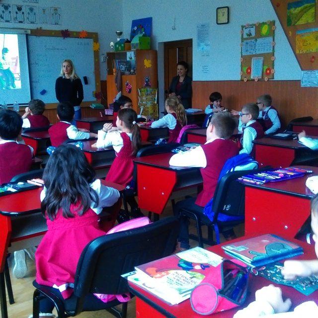 """Ultimele lecții educative pe semestrul I au fost susținute la Liceul Teoretic """"Miron Costin"""" din Iași"""